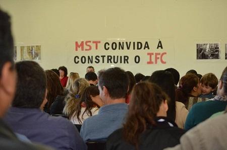 Solidariedade aos companheiros do IF Catarinense – campus Abelardo Luz