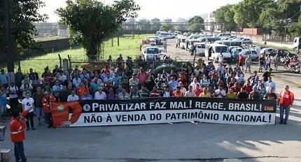 O real apoio à greve dos caminhoneiros passa pela luta pelo caráter 100% público da Petrobrás!
