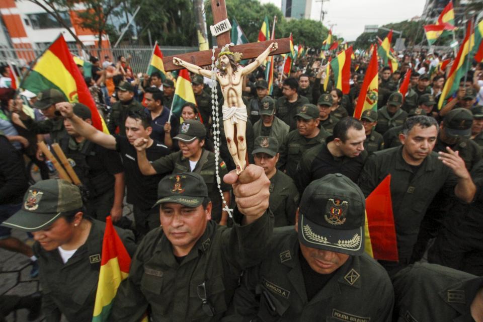 A Coluna nº 06 – O golpe fascista na Bolívia