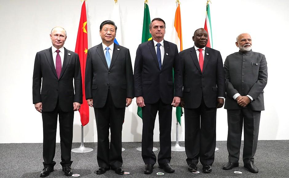 A Coluna nº 07 – Entrevista com Maxim Khomyakov – Os BRICS, o Brasil e o Mundo