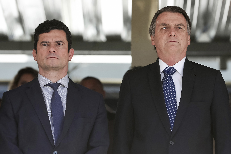 A Coluna nº 14 – Edição Voz Operária – A briga entre as frações da direita no Brasil e o papel da classe trabalhadora