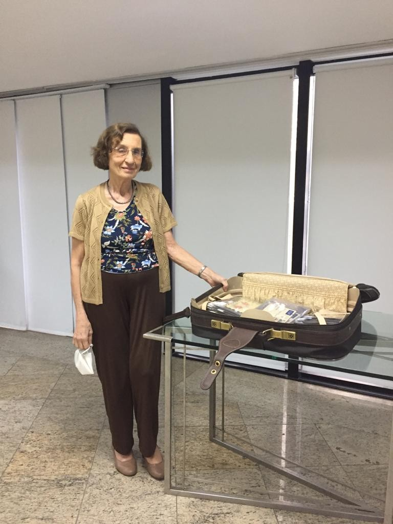 Após dois anos de processo na Justiça, a historiadora Anita Prestes conseguiu as 319 cartas de seus pais que iriam a leilão