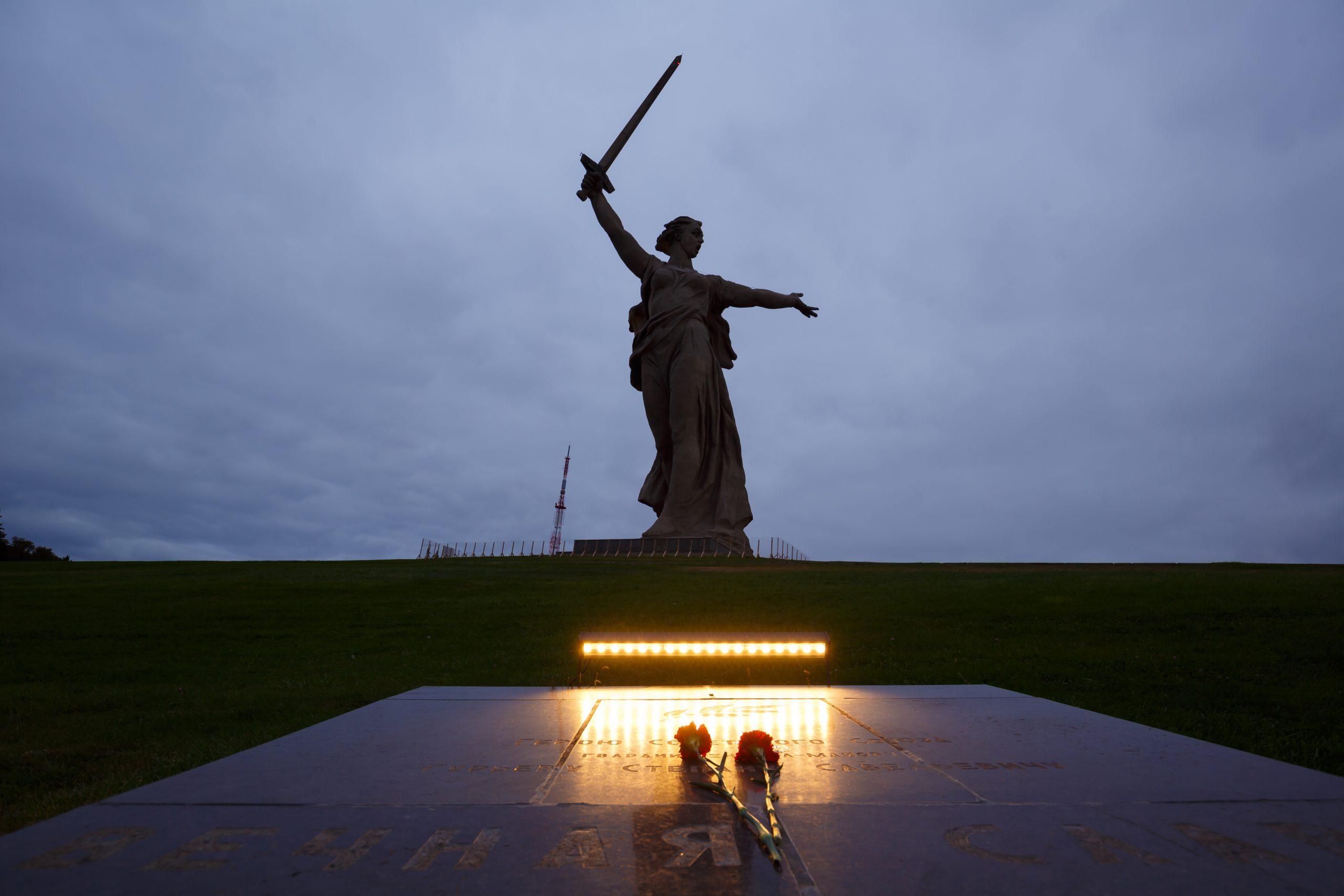 Uma fumaça subindo no Volga:  78 anos de batalha interminável de Stalingrado