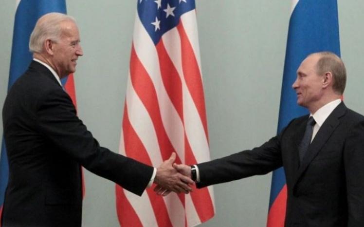 Política de Biden aumenta tensões e internacionalistas ficam em alerta